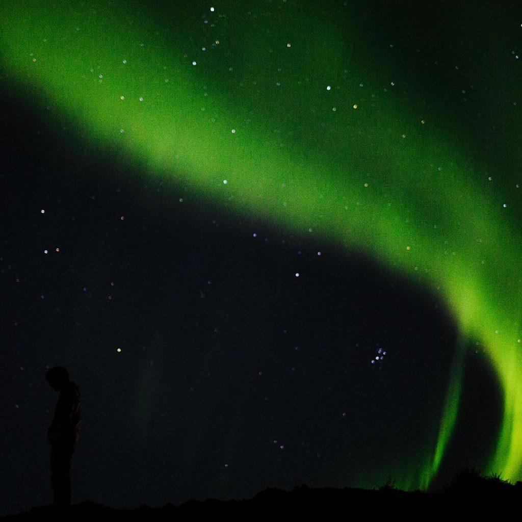 iceland aurora boeralis paramotor