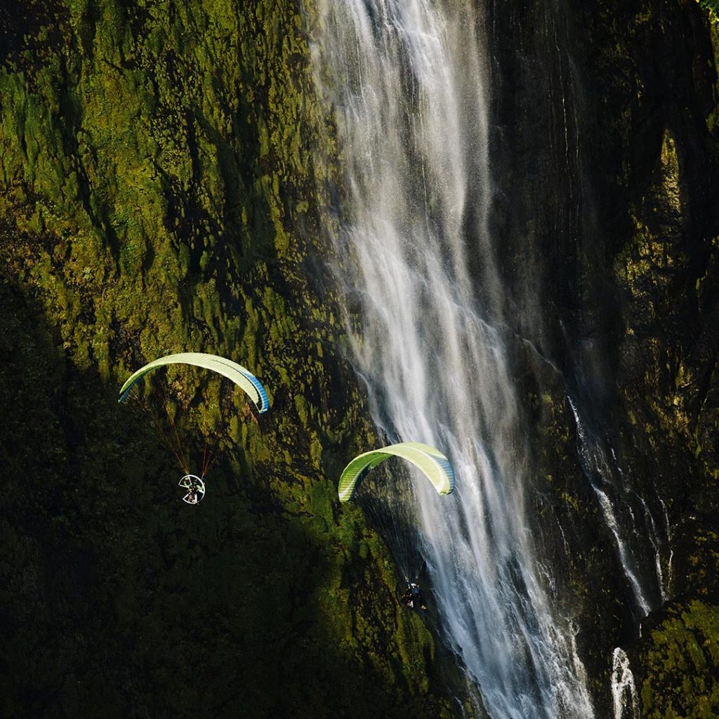iceland paraotor waterfall