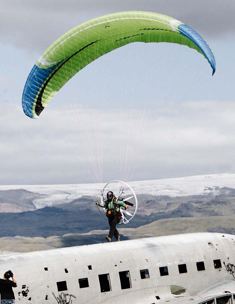 paramotor flying iceland