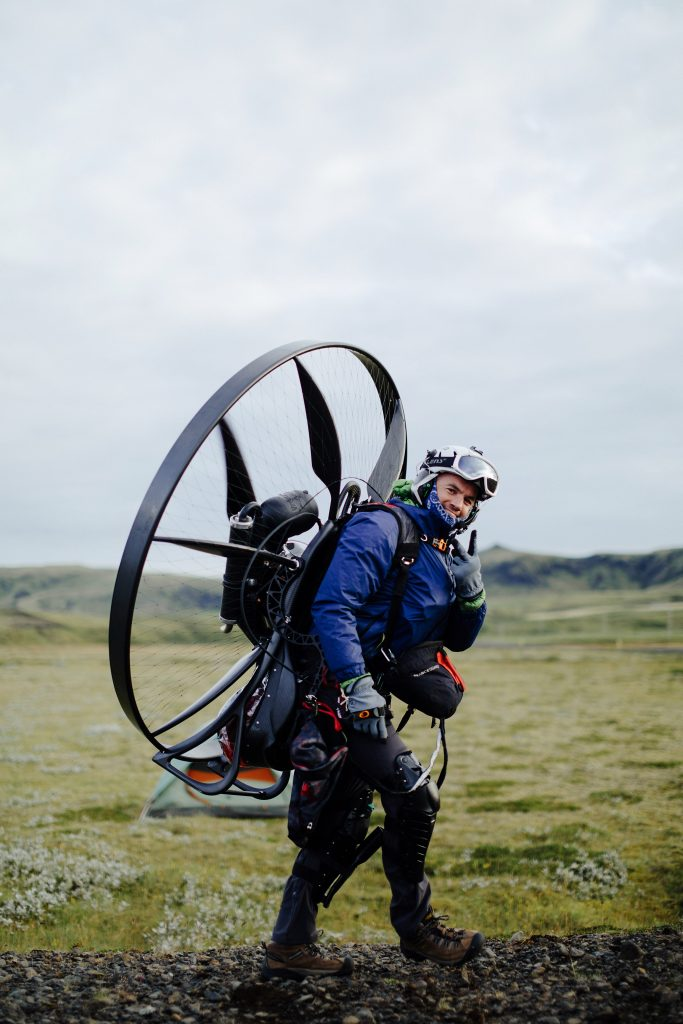 Carrying a Paramotor with a Waist Strap 4